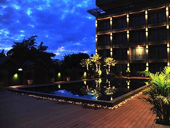 โรงแรม ซันมารีน่า