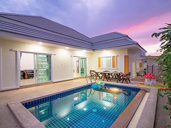 Karaket Pool Villa