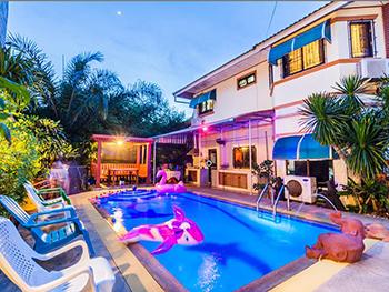 Rainbow Pool Villa