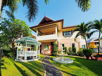 Daisy Pool Villa