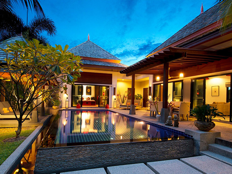近くのホテル The Bell Pool Villa Resort Phuket