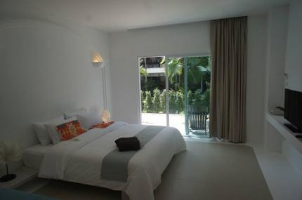 Ocean Breeze Resort Khaolak