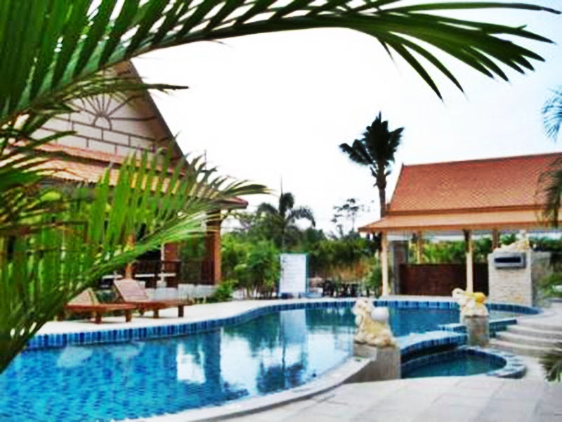 Hotels Nearby Baan Dow Resort