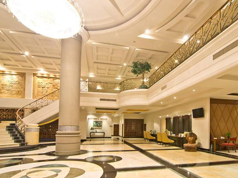 The Grand Riverside Hotel