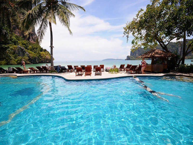 din apropiere la un Hotel Railay Bay Resort