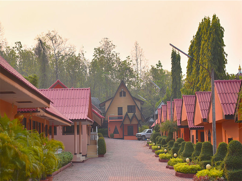 Hotels Nearby Littlehome Inthanon