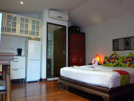 Baan Talay Chine Boutique