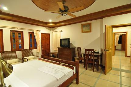 Chalong Villa Resort and Spa