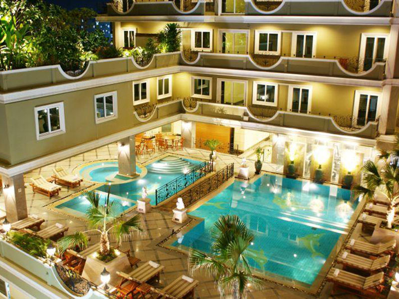 Hotels Nearby LK Royal Suite