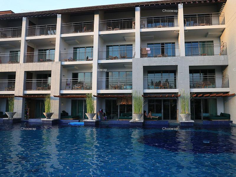Hotels Mai Khao Lak Beach Resort