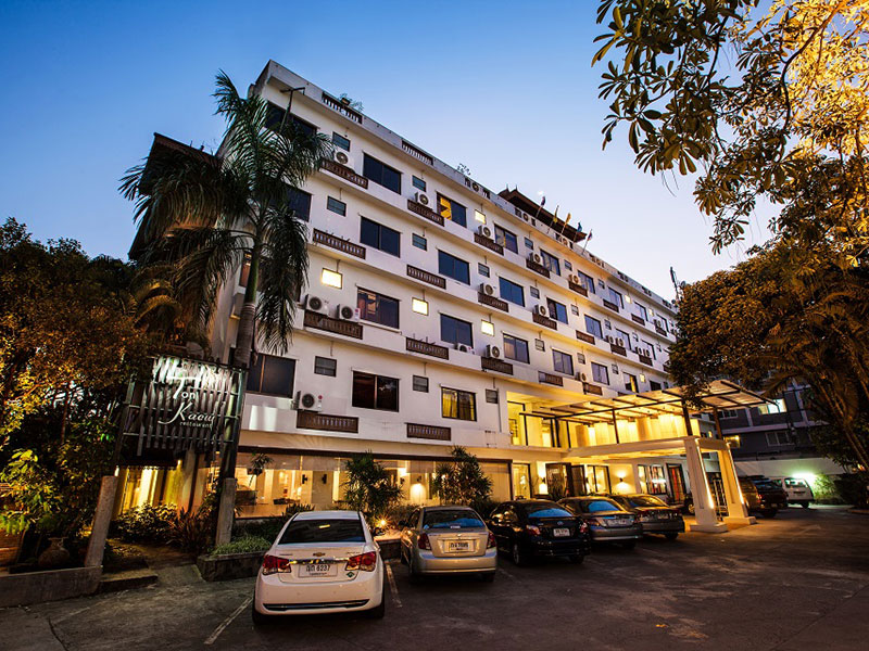 Hotels Nearby Suandok Kaew Hotel