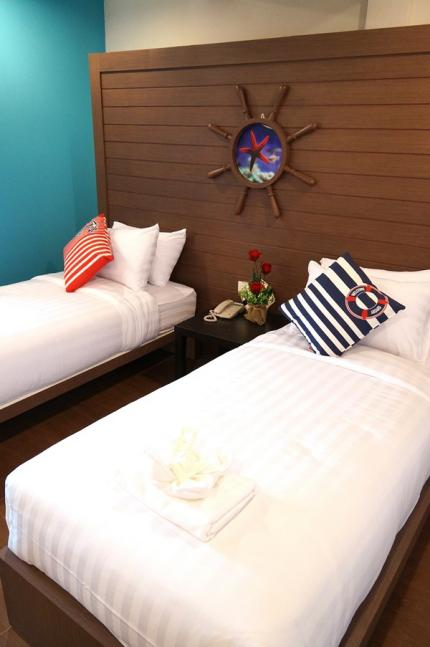Bed By Cruise Hotel