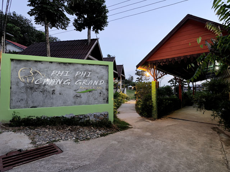 Hotels Nearby Phi Phi Chang Grand Resort