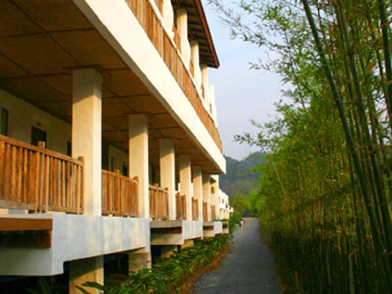 AANA Resort & Spa