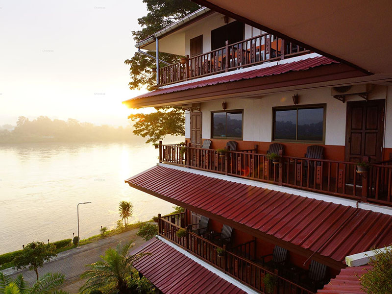 Namkhong Riverside Hotel & Resort