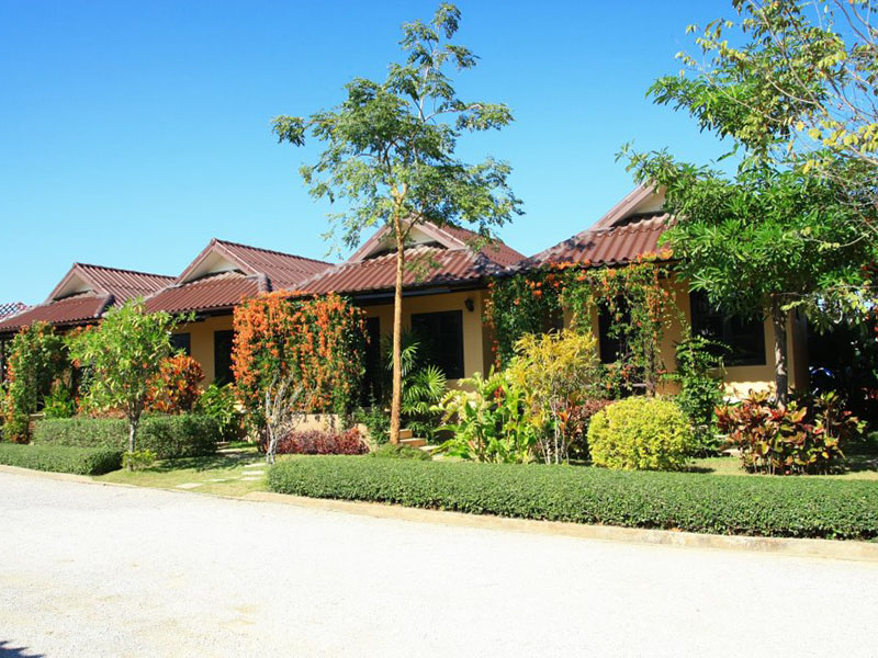 Suansiri Resort Hotel
