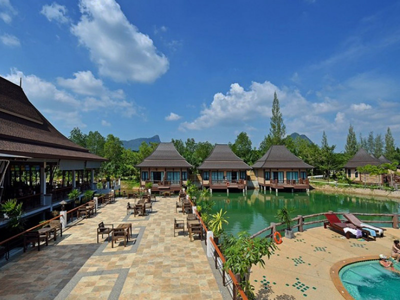 Hotels Nearby Poonsiri Resort