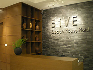 5ive Beach House Hotel