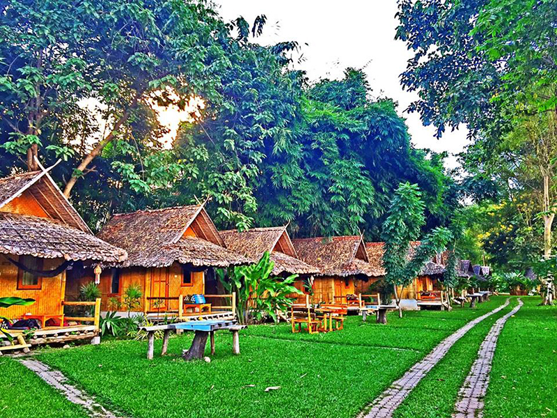 Hotels Nearby Baan Pai Riverside