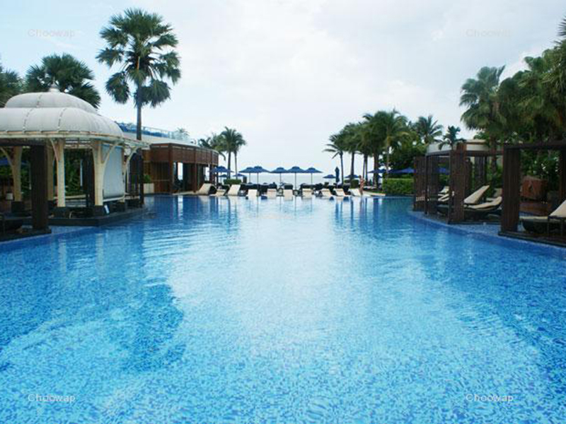 סמוך למלון Intercontinental Hua Hin Resort
