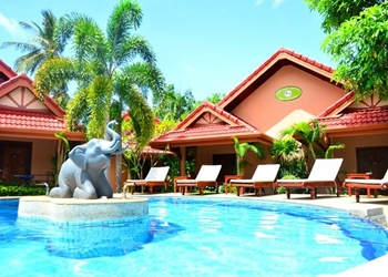 Resort Happy Elephant