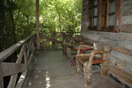 Momchailai  Forest Retreat