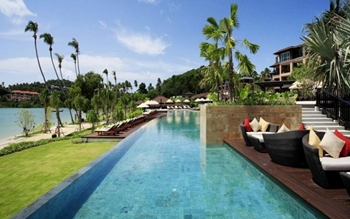 Radisson Blu Plaza Resort Phuket Panwa