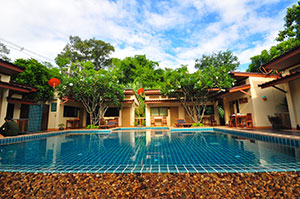 Ban Ing Nam Resort Uthai Thani
