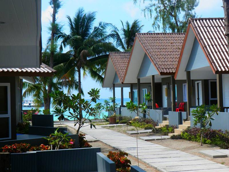 Hotels Nearby Bella Vista Beach Resort Koh Lipe