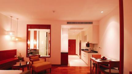 Woodlands Suites