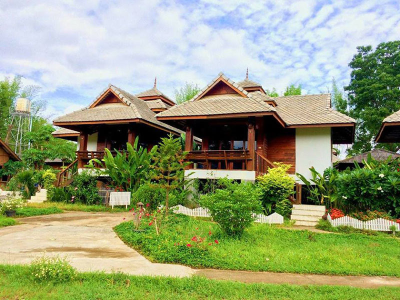 Hotels Nearby Pai River Villa