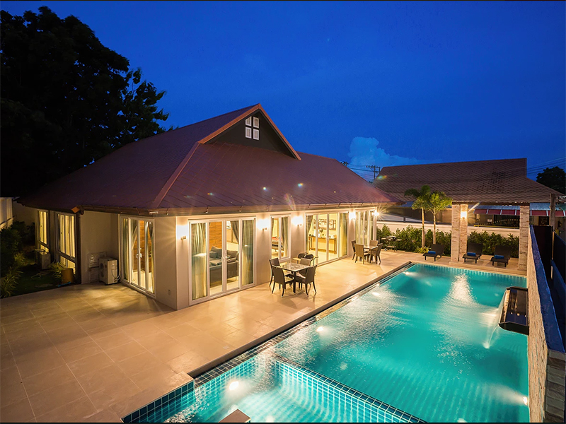 Hotels Nearby Villa De Enzo Pattaya