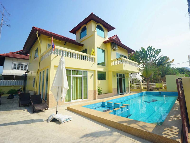Hotels Nearby Baan Kiangdow Pool Villa