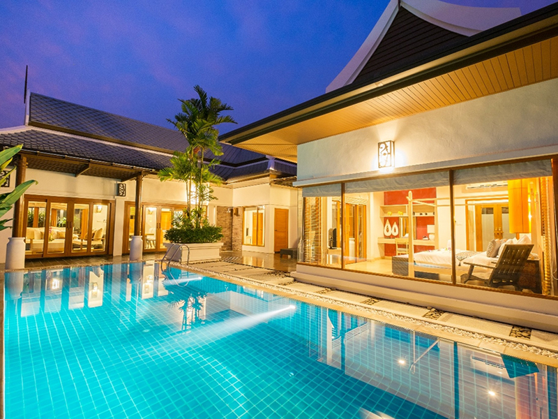 附近的酒店 皮曼布里豪华泳池别墅(Pimann Buri Luxury Pool Villas)