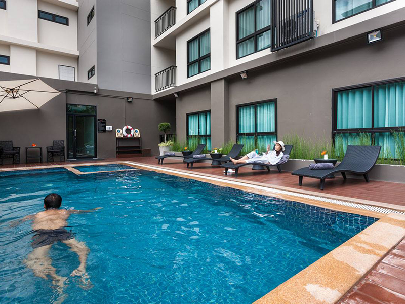 Hotels Nearby Cmor Hotel Chiang Mai by Andacura