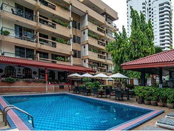 Stable Lodge Sukhumvit Soi 8