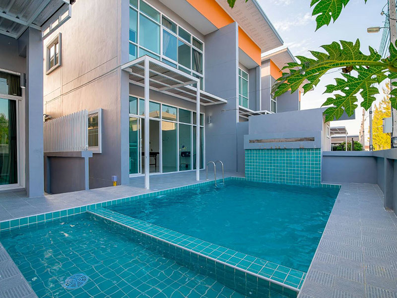 Hotels Nearby Narinda Pool Villa