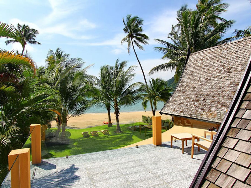 Manipura Beachfront Villa 5 Bedroom