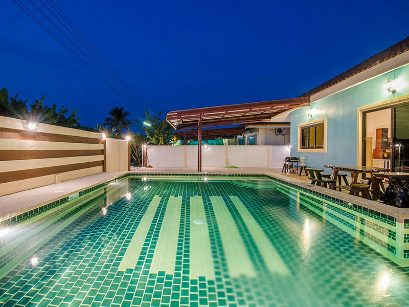 Hotels Nearby Suksabai Pool Villa
