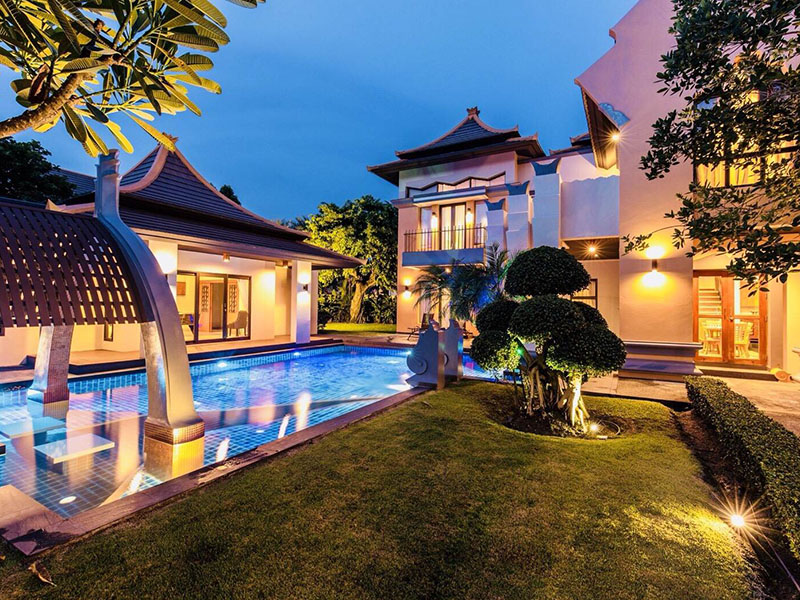 The Elegant Pool Villa