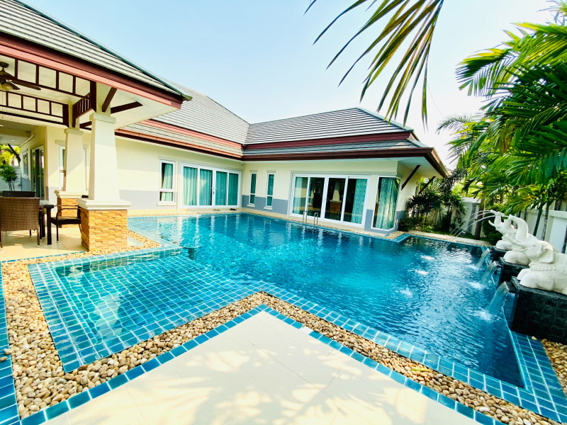 Mintra Pool Villa C Pattaya