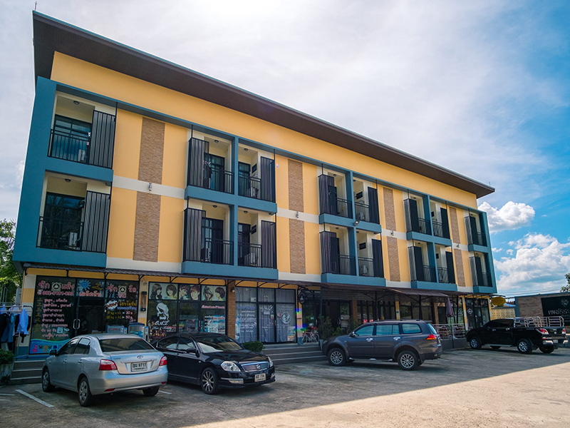 Image Hotel Petch Ranong at Town