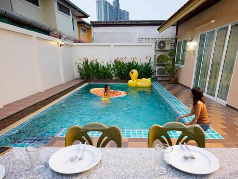 Cosy One Pool Villa