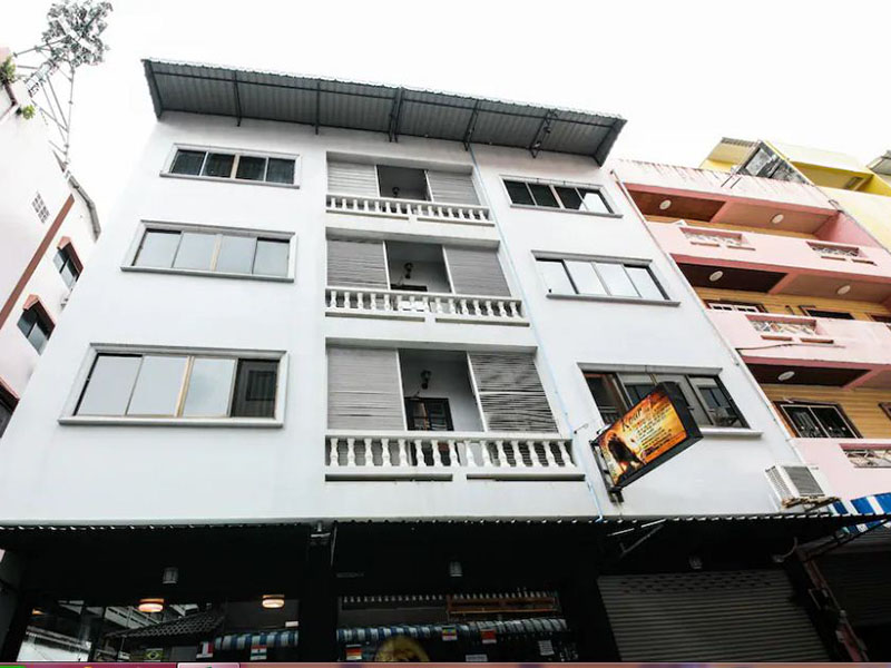 Hotels Nearby OYO 244 Roar Inn Patong