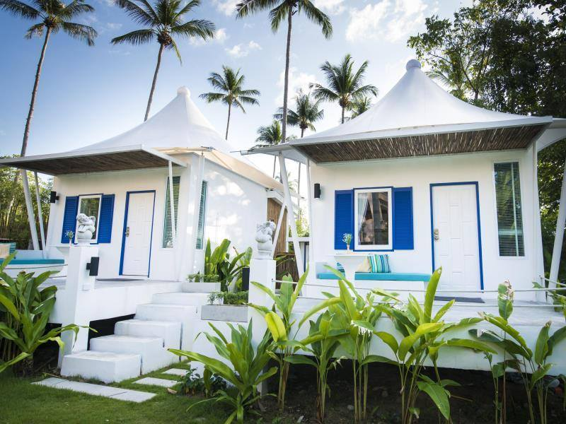 White Knot Koh Chang by D Varee